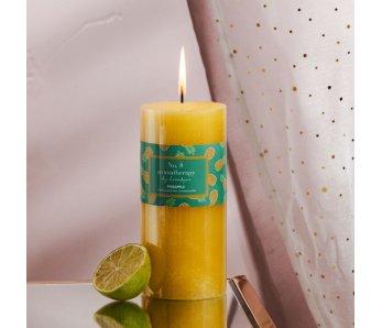 Vonná sviečka PINELLI
