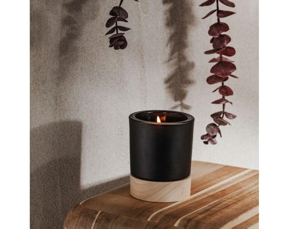 Vonná sviečka drevoER ČIERNA